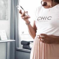 CHIC HAPPENS Statement Shirt weiß Print Fashion VOGUE.AT.HEART